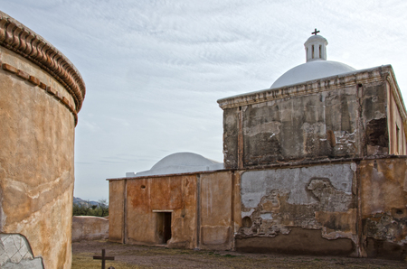 Tumacacor National Historical Park houses three different sites, including this one:  the Mission San Jose de Tumacacori, which was built in the 1750s. Imagens