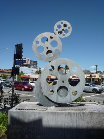 screenwriter: Stati Uniti d'America, California, Los Angeles, Hollywood, 29 aprile 2010 - film di scultura bobina alla stazione di servizio sulla Highland Ave