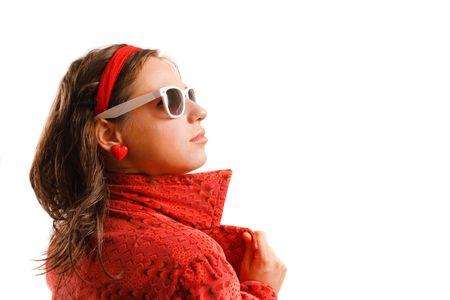 Moderne sucht junge Frau trägt eine rote Jacke und eine Sonnenbrille Standard-Bild - 4583036