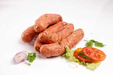 Würstchen mit frischem Gemüse Standard-Bild - 25527733