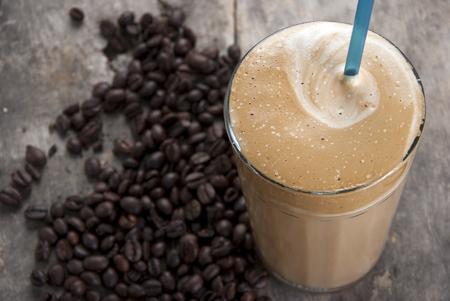 batidos de frutas: hielo café frío Frape especialidad griega, de cerca