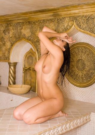 sauna nackt: Attraktive M�dchen im t�rkischen Bad