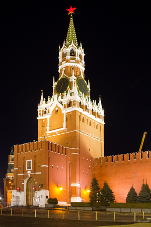 spassky: Night view of Moscow Red Square, Spasskaya Tower of Kremlin