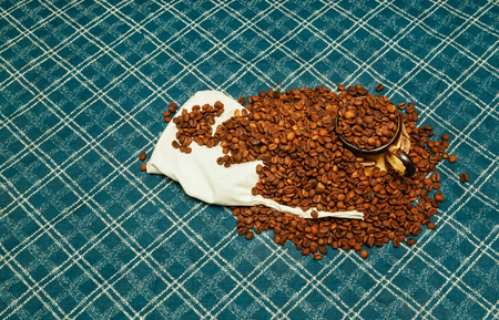 Attar: coffee beans bag roasted grinder coffee aroma aromatic Stock Photo