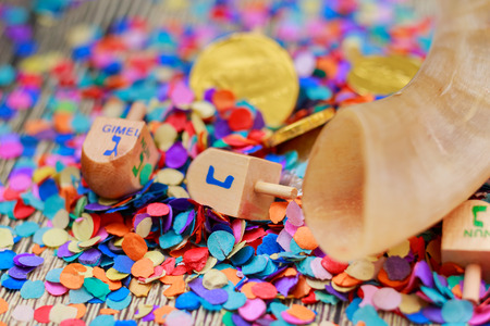 dreidel bears: Jewish holiday Dreidel A still life composed of elements of the Jewish Chanukah Hanukkah festival.