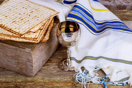 Still-life with wine and matzoh jewish passover bread Passover Jewish Matzah wine Banco de Imagens