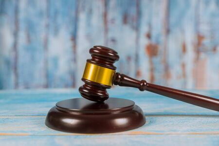 Wooden judge gavel on wooden background. Court concept. Stockfoto