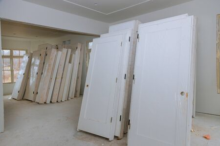Process for under construction, remodeling, renovation, extension restoration and reconstruction door and molding Zdjęcie Seryjne