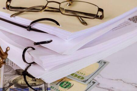 Law document on law office workplace working document Standard-Bild