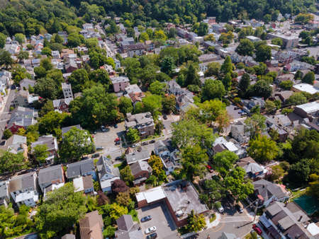 Panoramic view of a neighborhood in roofs of houses of residential area of Lambertville NJ USA near the historic city New Hope Pennsylvania Foto de archivo