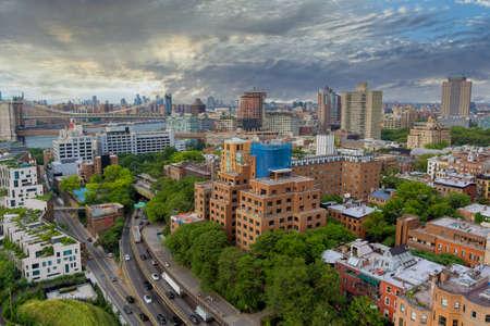 Aerial view of Brooklyn Bridge with overview Brooklyn skyline New York City USA 免版税图像