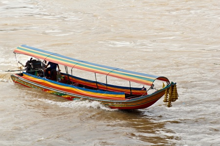 longtail: Long-tail river boat on the Chao Praya river in Bangkok, Thailand,