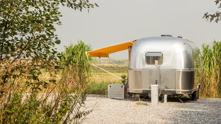 airstream: Vintage American Mobile home or caravan
