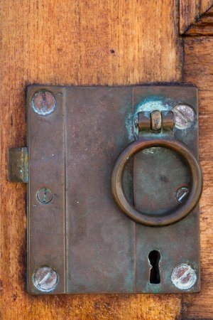 closure: Copper closure