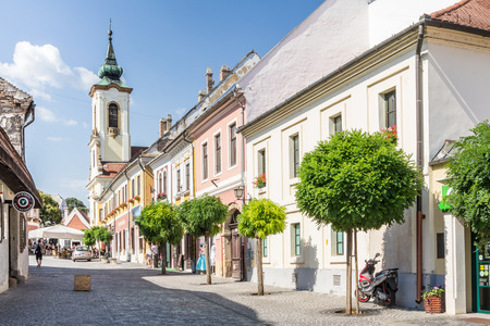 Shops and restaurants at the center of Szentendre in Hungary Archivio Fotografico