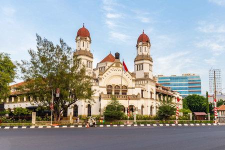 Het koloniale gebouw Lawang Sewu in Semarang Indonesië Stockfoto - 91064677