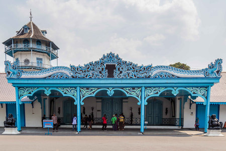 Colorfull blue Palace of the sultan in Surakarta, Java, Indoensia Redactioneel