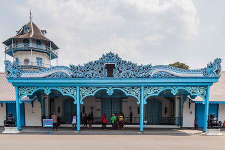 Kleurrijk blauw paleis van de sultan in Surakarta, Java, Indoensia