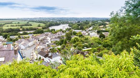 Vue sur la ville Cardigan et la rivière Teifi sur la côte du Pembrokeshire, au Pays de Galles, Royaume-Uni