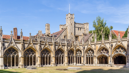 Cloister Garden in Canterbury Cathedral Kent Engeland UK