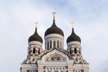 Alexander Nevski cathedral  on top of Toompea hill tin the old town of Tallinn in Estonia Stockfoto - 115482295