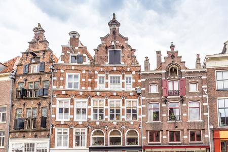 Historic Dutch houses in the old city center of Zutphen in Gelderland in the Netherlands Stockfoto