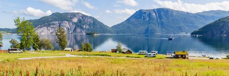 Camping along Sundalsfjord in Norway, Scandinavia Stockfoto