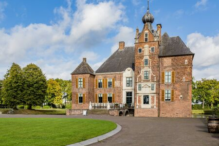Medieval castle Cannenburch in Vaassen, Gelderland in the Netherlands 版權商用圖片