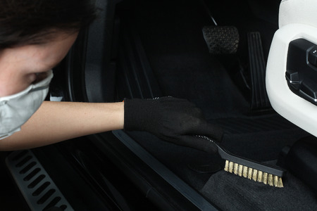 scrubbing: Cleaning of interior by a scrubbing metall brush.