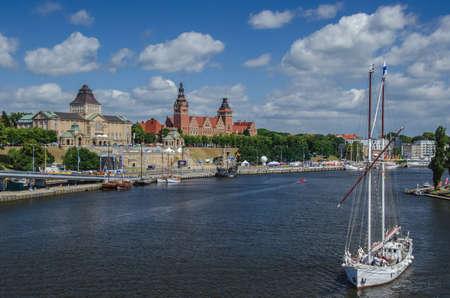 embankment: Szczecin - View of Chrobry Embankment