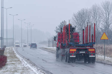 Traffic in winter weather conditions