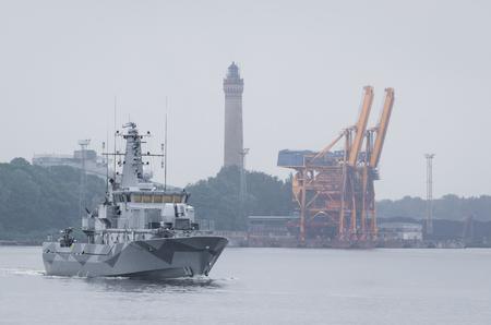 MINEHUNTER - A modern Swedish warship is sailing to the sea