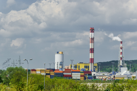 POWER PLANT AND HEATING PLANT - Industrial infrastructure of the city Standard-Bild