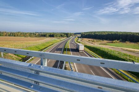 HIGHWAY - A modern and comfortable international road