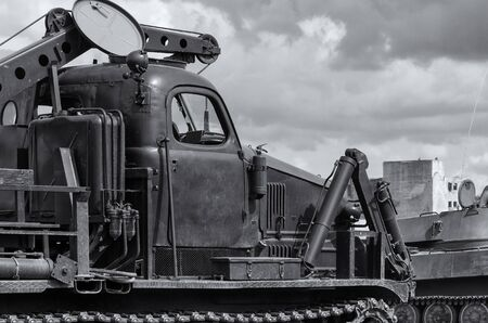 HIGHT SPEED TRACK DOZER - Heavy military vehicle for engineering and sapper works