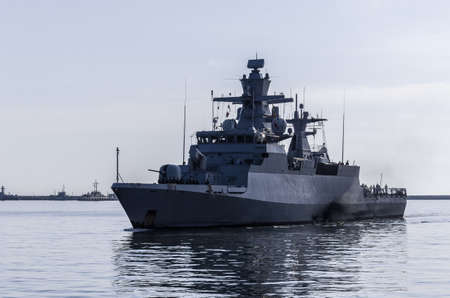 WARSHIP - A German Navy corvette is maneuvering in a port 版權商用圖片