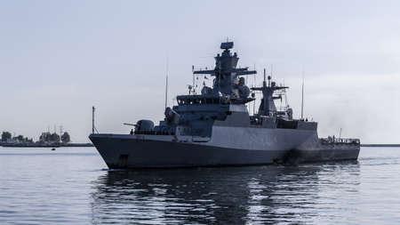 WARSHIP - A German Navy corvette is maneuvering in a port Standard-Bild