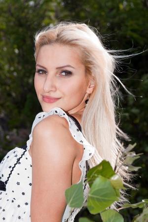 Junge, natürliche blond woman portrait Standard-Bild