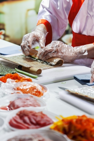 Process of making Japanese sushi rolls