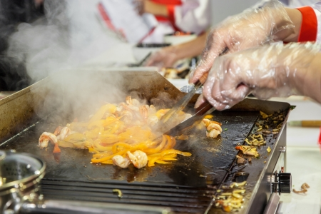 Cooking chicken and vegetables in steam table Stock Photo - 16426088