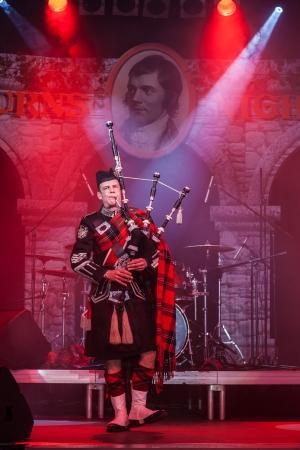 Kiew, Ukraine, 9. März: Burns Night, ein Charity-Event widmet sich der schottische Dichter Robert Burns in Kiev, Ukraine, 9. März 2013. Pipe Major Roderick Deans - Scottish Bagpiper