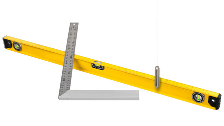 Bau-Messwerkzeuge auf weißem Hintergrund