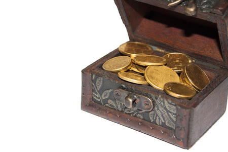 booty pirate: Chest with golden coins