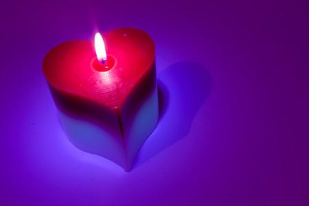bougie coeur: Flamme de bougie coeur