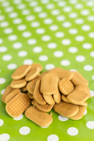 galletas integrales: Cookies en la profundidad de foco