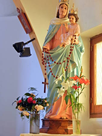 beautiful image of the Virgin