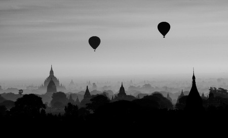 Twilight sky in thousand pagodas of Bagan, Myanmar monochrome. Stok Fotoğraf - 111359136