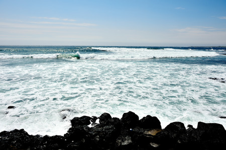 Sea landscape with waves on the beach Фото со стока - 38708357