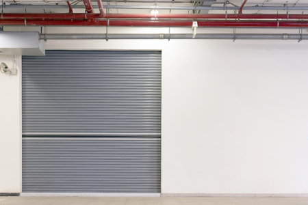 rolling garage door: the shutter gate of the factory