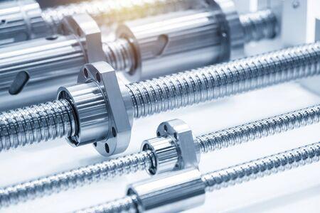 Die Ersatzteile von Bleikugelgewindeteilen für CNC-Maschine. Das hochpräzise Konzept der CNC-Maschinenstruktur. Standard-Bild
